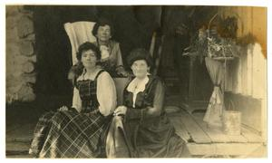 Primary view of object titled '[Photograph of Mittie, Marguerite, and Georgia]'.