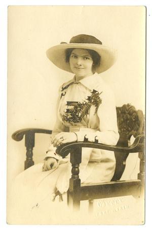 [Portrait of Marguerite Cavett Hammack]