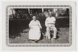 Primary view of object titled '[Photograph of Nell Smith and her Husband]'.