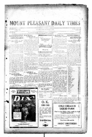Primary view of object titled 'Mount Pleasant Daily Times (Mount Pleasant, Tex.), Vol. 10, No. 205, Ed. 1 Wednesday, November 6, 1929'.