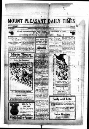 Primary view of object titled 'Mount Pleasant Daily Times (Mount Pleasant, Tex.), Vol. 8, No. 232, Ed. 1 Wednesday, December 8, 1926'.
