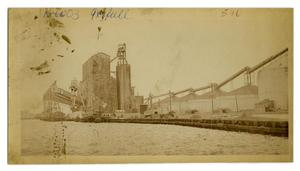 Primary view of object titled '[Stilwell Grain Elevator]'.