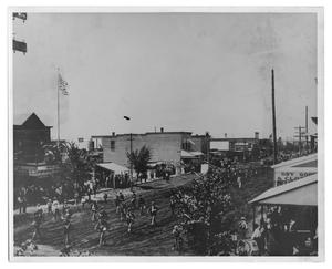 Primary view of object titled '[Fourth of July Parade]'.