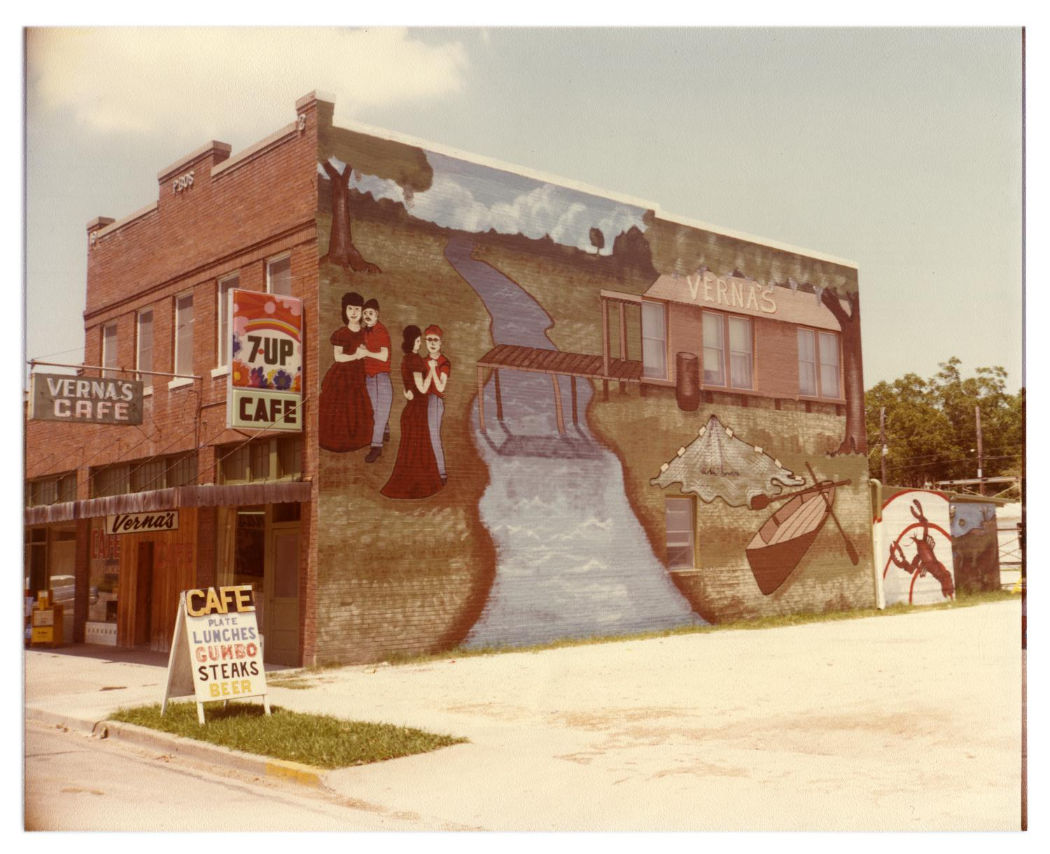 [Murals in Downtown Port Arthur] - The Portal to Texas History