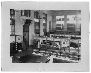 Primary view of object titled '[Gates Memorial Library Reading Room]'.