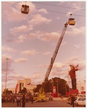 Primary view of object titled '[State Fair of Texas Sky Tram Rescue]'.