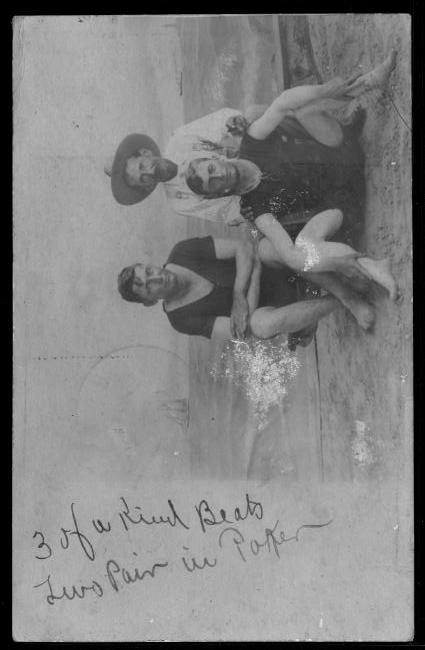[Thomas Walter Davis and two other men at Galveston Beach]                                                                                                      [Sequence #]: 1 of 1
