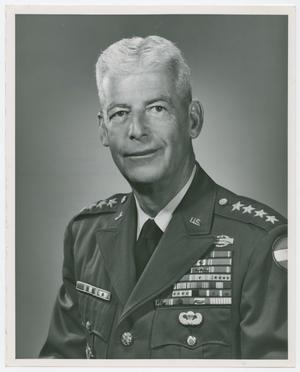 Primary view of object titled '[Photgraph of General Paul L. Freeman, Jr.]'.