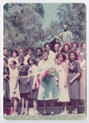 Primary view of object titled '[Barbara Jordan With Young Women of the Tuskegee Institute]'.