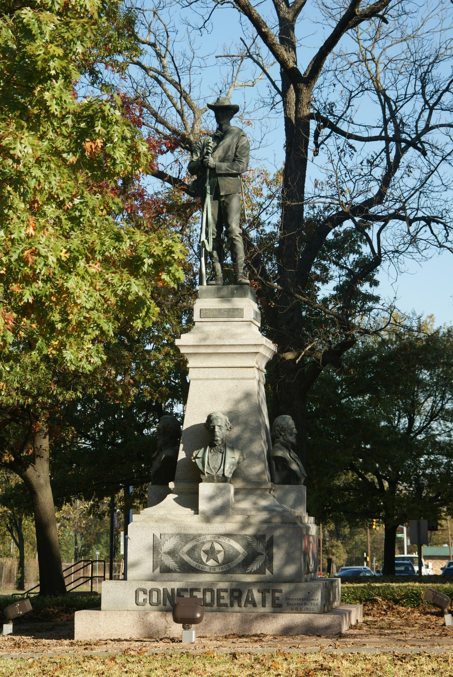 Confederate Monument                                                                                                      [Sequence #]: 1 of 1