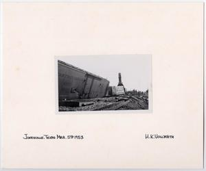 Primary view of object titled '[Train Wreck in Jonesville, Texas]'.