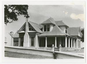 Primary view of object titled '[Photograph of White-Aiken House]'.