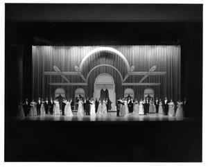 Primary view of object titled '[Act 1, Scene 10 of My Fair Lady, 1977 #5]'.