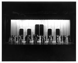 Primary view of object titled '[Act 1, Scene 10 of My Fair Lady, 1977 #2]'.