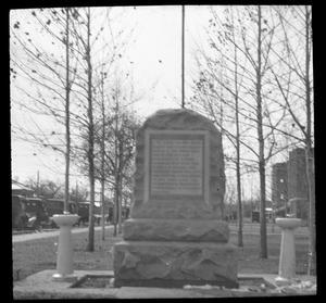 [Brownwood High School WWI Veterans Monument]