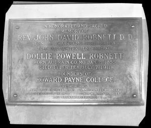 [Memorial Plaque for Rev. John David Robnett and Wife]