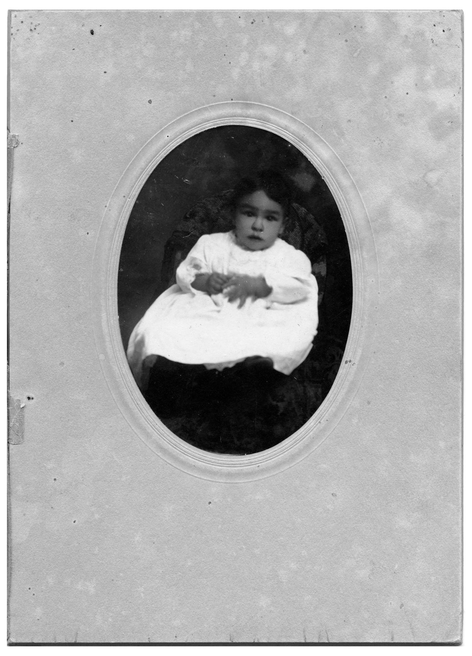 Alphonso Bustillos as a Baby                                                                                                      [Sequence #]: 1 of 1