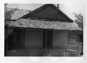 Primary view of object titled '[Building Structure - Old House]'.