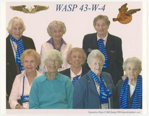 Primary view of object titled '[WASP 43-W-4 Group Photograph]'.