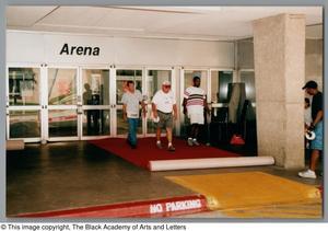 Primary view of [Dallas Arts Gala Photograph UNTA_AR0797-151-35-74]