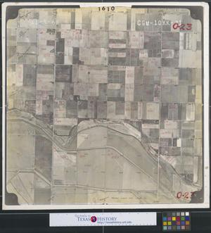 Primary view of object titled '[Aerial Photograph of Southeast San Juan and South Alamo between San Juan and Alamo Roads]'.