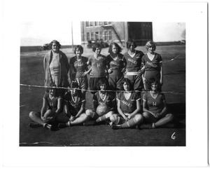 Primary view of object titled '[Haslet girls basketball team]'.