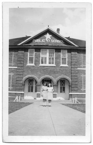 Primary view of object titled '[Haslet public school]'.