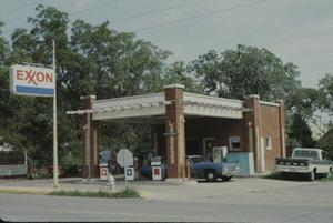 Primary view of object titled '[Selzer Exxon Gas Station]'.