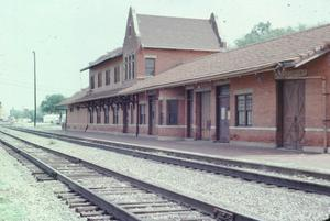Primary view of object titled '[Santa Fe Depot, (East Side)]'.