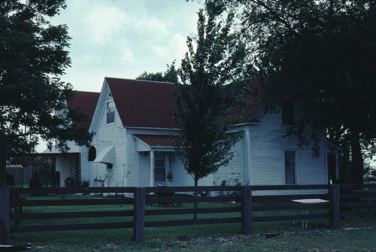[Historic Property, Photograph 839-15]                                                                                                      [Sequence #]: 1 of 1