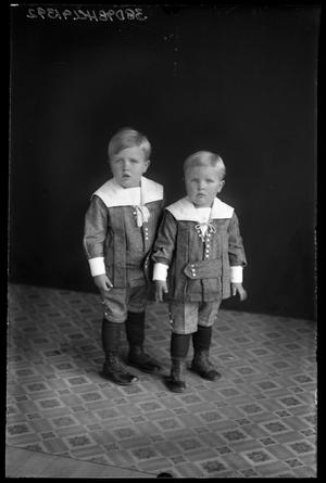 Primary view of object titled '[Portrait of Two Boys]'.
