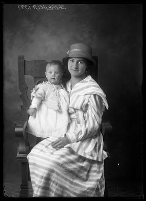 Primary view of object titled '[Portrait of Woman and Baby]'.
