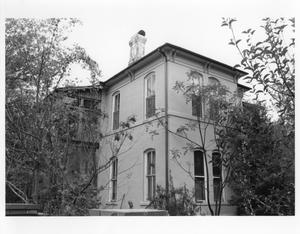 Primary view of object titled '[619 S. Sycamore - A.R. Howard House]'.