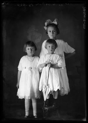 Primary view of object titled '[Portrait of Three Girls]'.
