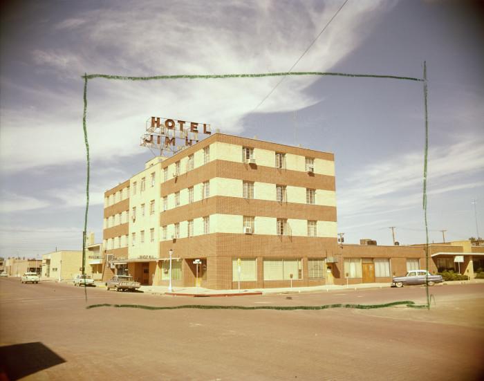 Jim Hill Hotel