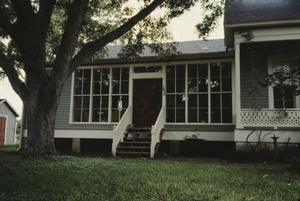 Primary view of object titled '[Schmidt House]'.