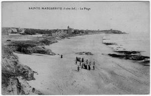 Primary view of object titled '[Postcard of Sainte-Marguerite - La Plage]'.